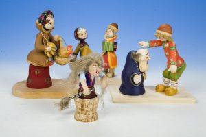 Выставка деревянной игрушки предприятия народных художественных промыслов «Тверские сувениры» @ Музейно-выставочный центр им. Л. Чайкиной | Тверь | Тверская область | Россия